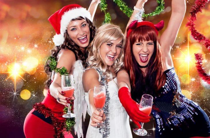 Как правильно выбрать ведущего на новогоднюю ночь